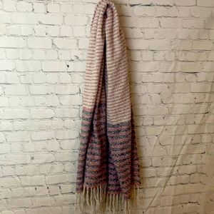 FWP of 35$ Soft striped wide width scarf